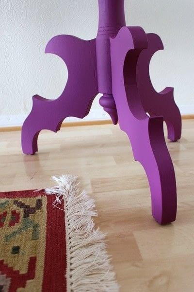 How to make a side table. Side Table Makeover - Step 4
