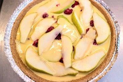 How to bake a custard tart. Peach & Raspberry Custard Tart - Step 8