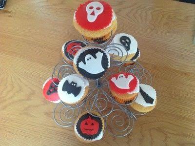 How to bake a sponge cake. Spooky Halloween Cupcakes  - Step 13