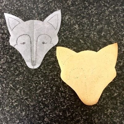 How to make decorative cookies. How To Make Foxy Cookies - Step 2