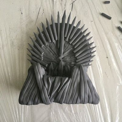 How to decorate a novelty cake. How To Make An Edible Iron Throne Cake Topper - Step 5
