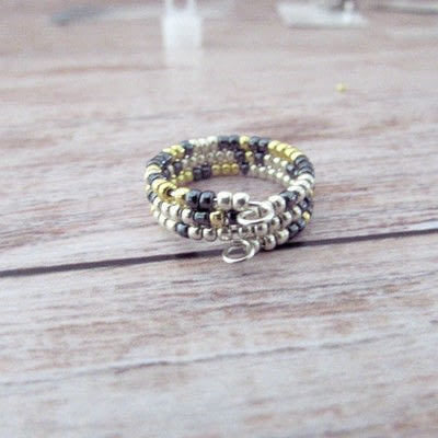 How to make a wire ring. Whimsical Memory Wire Ring - Step 2