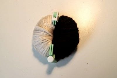 How to make a pom poms. Princess Leia Pom Pom - Step 7
