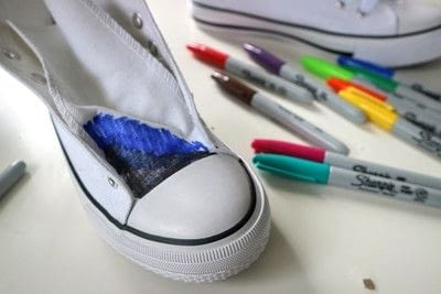 How to paint a pair of painted shoes. Galaxy Converse - Step 3