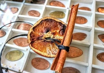 How to make a wreath. Dried Orange Slices - Step 8