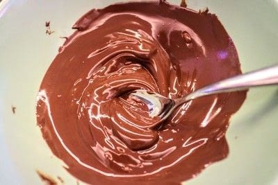 How to make a chocolate pudding. Christmas Pudding Mousse Bombe - Step 18
