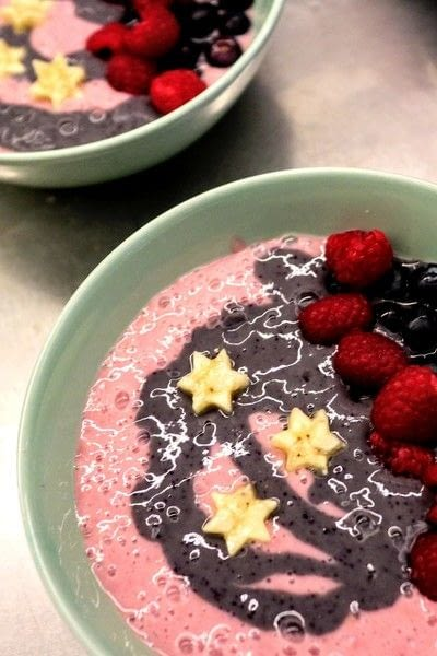 How to make a breakfast / cereal. Mermaid Smoothie Bowls - Step 12