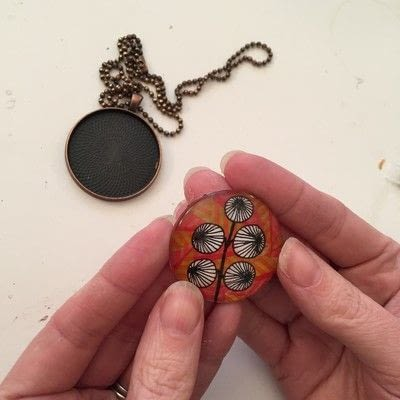 How to make a glass pendant. Create A Colourful Pendant Necklace - Step 8