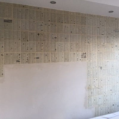 How to make wallpaper / a wall painting. Decoupage A Wall With Vintage Book Pages - Step 4