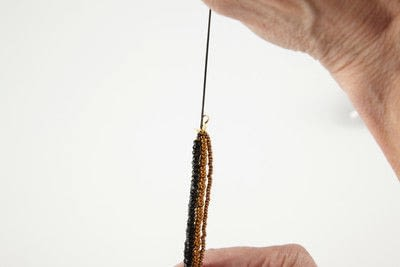 How to make a multi-strand bead necklace. Queen Of Sheeba Necklace - Step 10