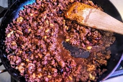 How to cook a spaghetti dish. Mulled Wine Spaghetti Bolognese - Step 6