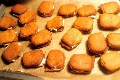 How to bake a sandwich cookie. Paddington Bear Marmalade Sandwich Cookies - Step 11