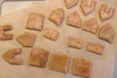 How to bake a gingerbread cookie. Mini Gingerbread Houses - Step 10