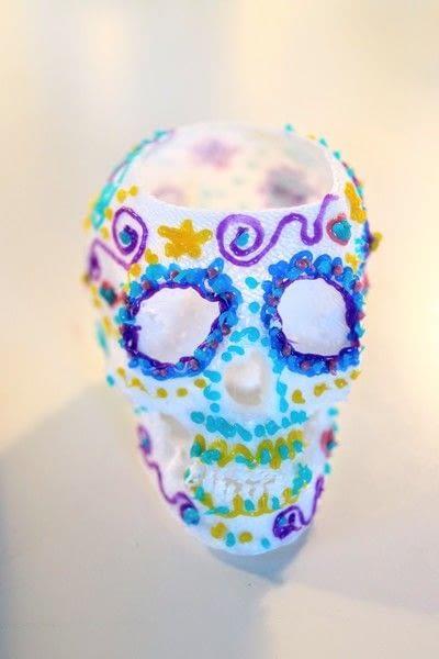 How to make a vase. 3 D Sugar Skull Holder - Step 11