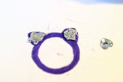How to make a plastic ring. Cat Ear Ring - Step 6