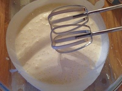How to bake a meringue. Strawberry Pavlova  - Step 5