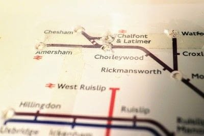 How to make a decorative light. Light Up London Underground Map - Step 19