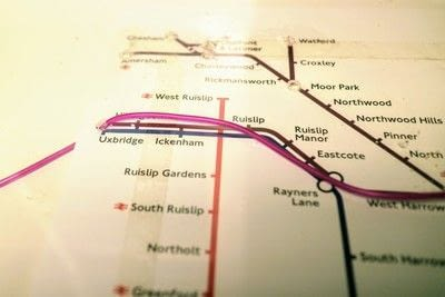 How to make a decorative light. Light Up London Underground Map - Step 20