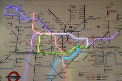 How to make a decorative light. Light Up London Underground Map - Step 24