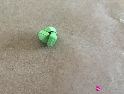How to make a paper flower. Quilling Paper Succulents - Step 2