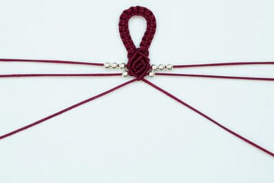 How to braid a braided bead bracelet. Rosebud Macrame Bracelet - Step 17