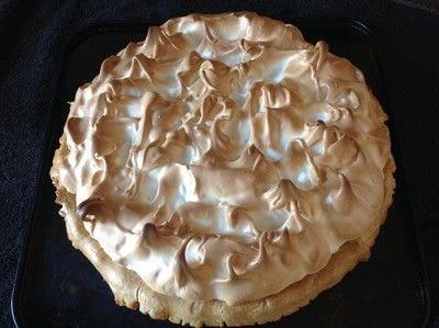 How to bake a lemon meringue pie. Lemon Meringue Pie - Step 14
