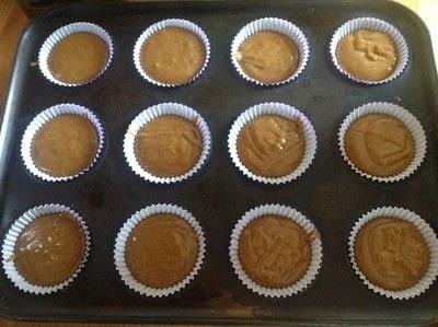 How to bake a sponge cake. Caramel Cupcakes  - Step 4