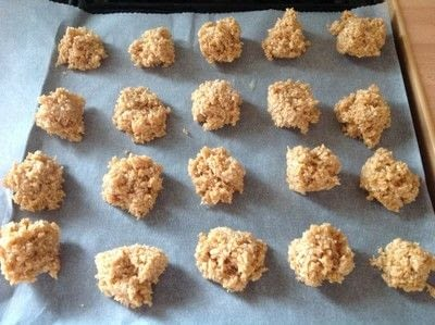 How to bake a macaroon. Caramel Coconut Macaroons  - Step 3
