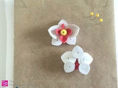 How to make a paper flower. Quilling Paper Orchid - Step 5