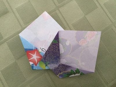 How to make an origami flower. Origami Aster - Step 13