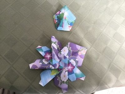 How to make an origami flower. Origami Aster - Step 21