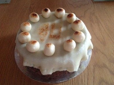 How to bake a Simnel cake. Easter Simnel Cake - Step 14