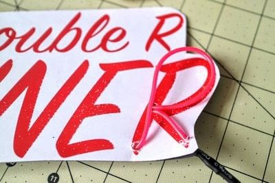 How to make a plaque / sign. Neon Diner Sign - Step 8