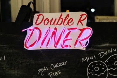How to make a plaque / sign. Neon Diner Sign - Step 14