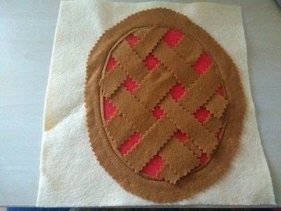 How to make a play book. Pie Weaving Quiet Book Page - Step 4