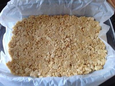 How to bake a bar / slice. Oreo Cheesecake Bars - Step 2