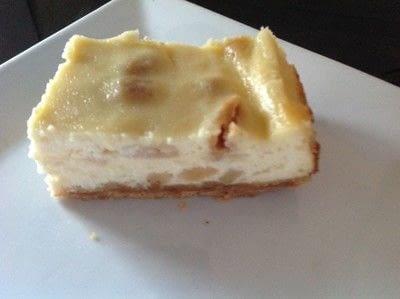 How to bake a bar / slice. Oreo Cheesecake Bars - Step 10