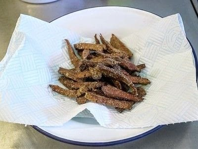 How to cook a beef dish. Vegetarian Crispy Beef - Step 8