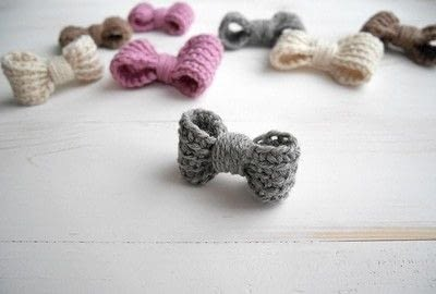 How to make a hair bow. Easy Crochet Bow Pattern - Step 1