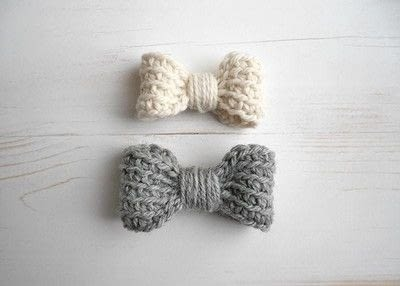 How to make a hair bow. Easy Crochet Bow Pattern - Step 4