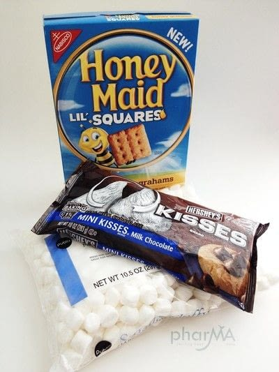 How to make a s'more. Mico S'Mores - Step 1