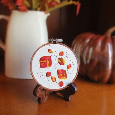 How to embroider . Embroidered Autumn Leaves - Step 4