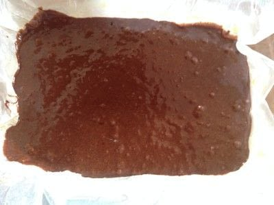 How to bake a bar / slice. Salted Caramel & Chocolate Traybake - Step 9