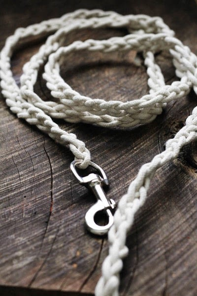 How to make a pet collar/leash. Dyed + Braided Rope Dog Leash Diy - Step 5