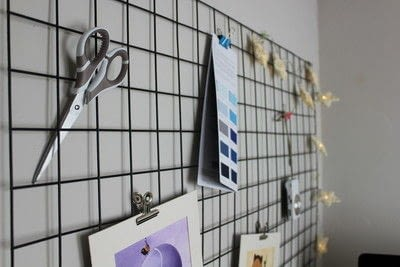 How to make an inspiration board. DIY Wire Memo Board - Step 5