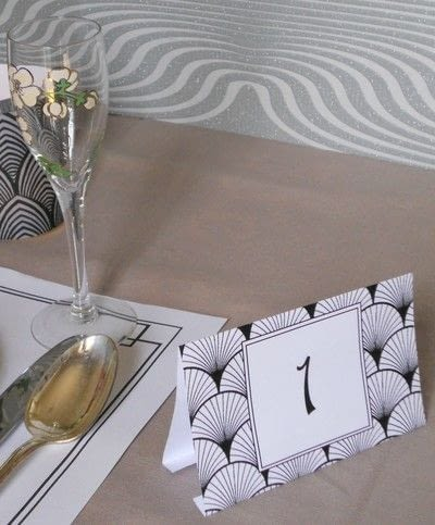 How to make an ornament. Art Deco Placemats And Table Numbers - Step 3
