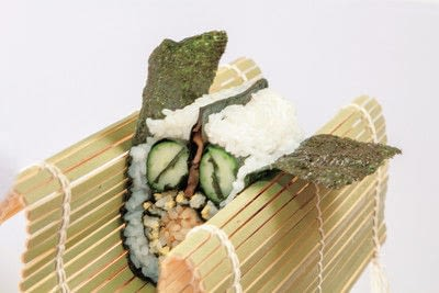 How to make a sushi roll. Sushi Sunflower Rolls - Step 20