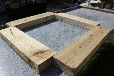 How to make an outdoor accessory. DIY Garden Table Made From Leftover Tiles - Step 5