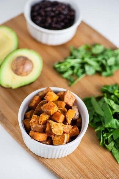 How to make a salad. Healthy Sweet Potato Breakfast Bowls - Step 2