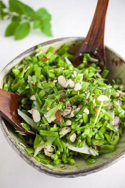 How to make a salad. Minty Pea And Almond Salad - Step 3